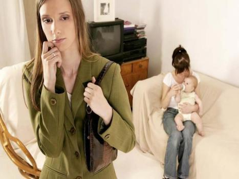 Source photo : http://www.babybook.ch/mon-bebe/psycho-eveil/moi-jalouse-de-la-nounou.html