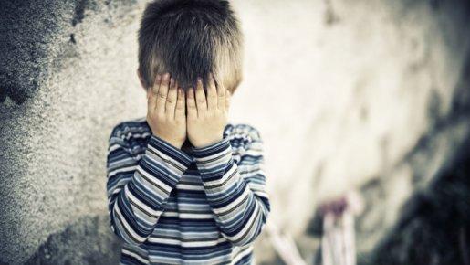web-triste-enfant